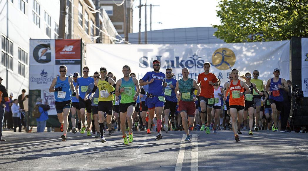 start of the 2017 half marathon